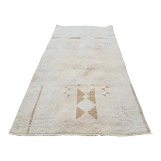 Small Turkish Oushak Yastik Rug, Table Bathroom Mat Rugs, Neutral Faded Oriental Oushak Runner, Overdyed Carpet 28'' X 59'' / 71 X 151cm For Sale