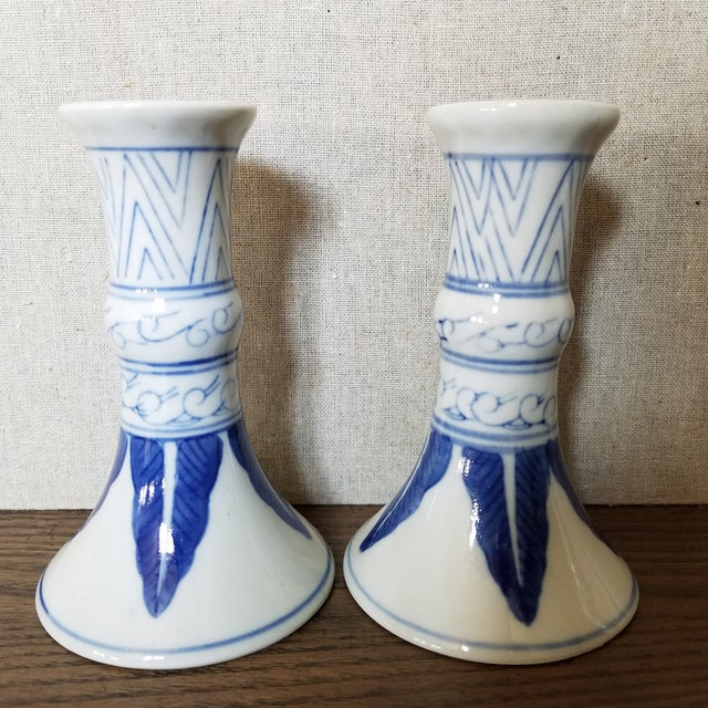 Chinoiserie Blue & White Candlesticks, 5 Piece For Sale - Image 4 of 7