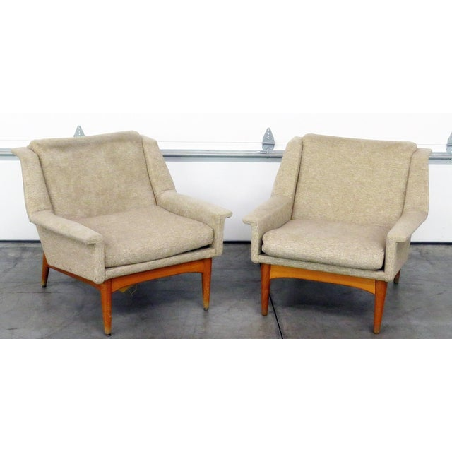 Pair of Danish Modern Lounge Chairs For Sale - Image 9 of 9