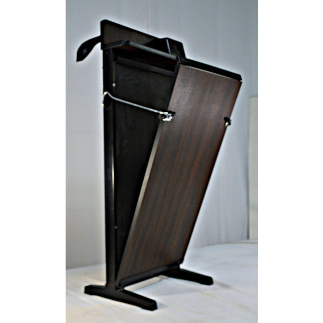 Traditional Vintage Trouser Press For Sale - Image 3 of 7