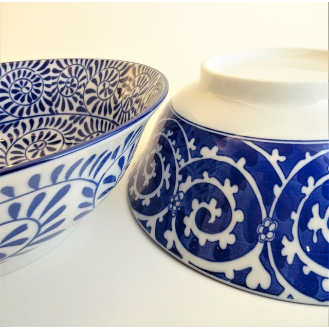 Ceramic Chinoiserie Blue & White Serving Bowls - A Pair For Sale - Image 7 of 11