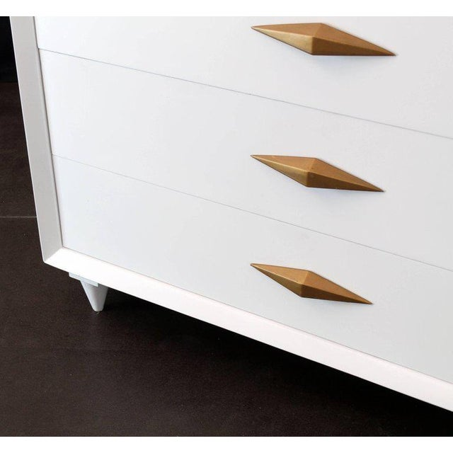 1970s Mid-Century Modern White Lacquer Deco High Chest Dresser With Diamond Pulls For Sale - Image 9 of 11