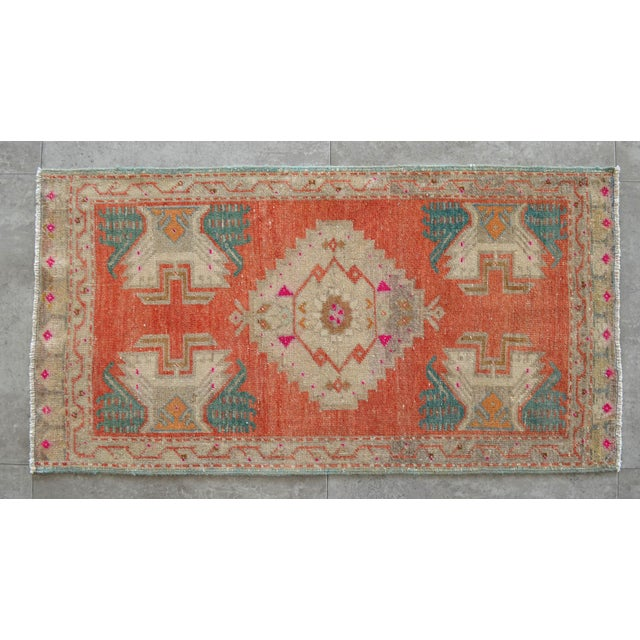 1970s Hand Knotted Door Mat, Entryway Rug, Bath Mat, Kitchen Decor, Small Rug, Turkish Rug - 1′8″ × 3′3″ For Sale - Image 5 of 5