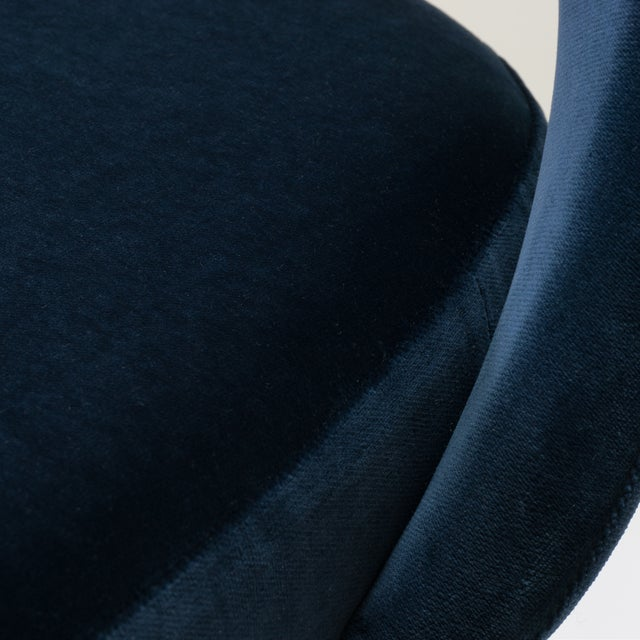 Saarinen Executive Armless Chairs in Navy Velvet, Obsidian Matte - Set of 6 For Sale - Image 10 of 13
