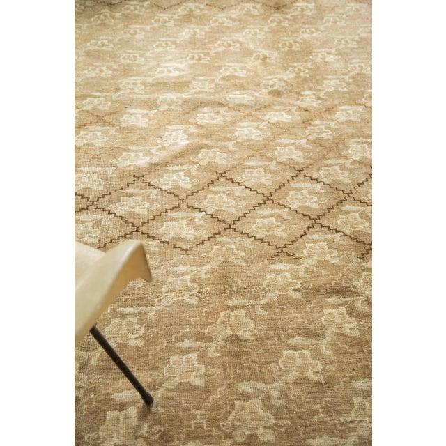 Tan Vintage Oushak Carpet - 7′5″ × 10′8″ For Sale - Image 8 of 9