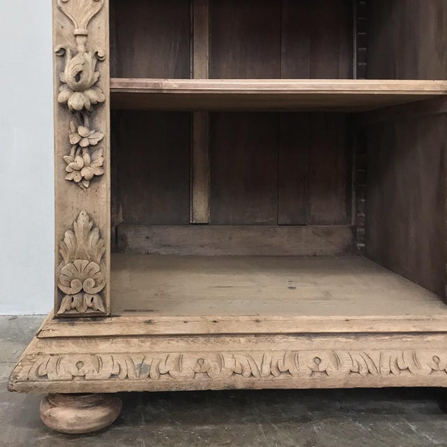 Gray 19th Century French Renaissance Stripped Oak Bookcase For Sale - Image 8 of 13