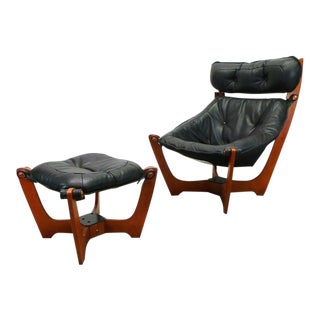 "1990s Vintage Black Leather ""Luna"" Highback Lounge Chair and Ottoman For Sale"