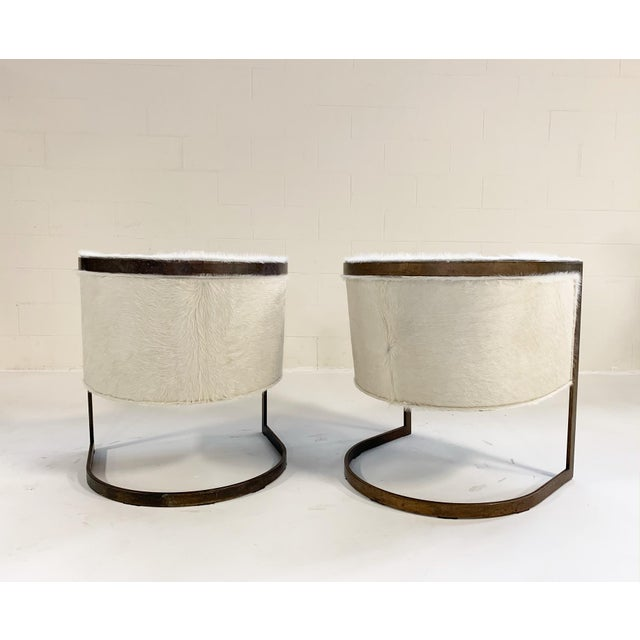 Contemporary Vintage Brass Cantilever Chairs Restored in Brazilian Cowhide - Pair For Sale - Image 3 of 10