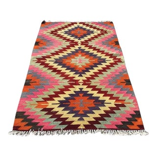 "1970s Vintage Turkish Kilim Rug-3'5'x5'7"" For Sale"