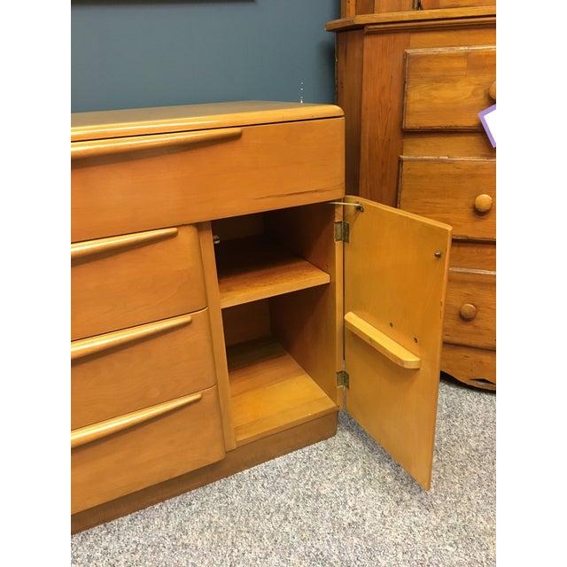 Mid-Century Heywood Wakefield Dresser For Sale In Orlando - Image 6 of 7