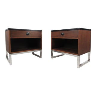 Pair Mid-Century Modern Nightstands After John Stuart For Sale