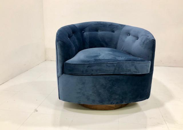 Milo Baughma Style Barrel Swivel Chair   Image 5 Of 5