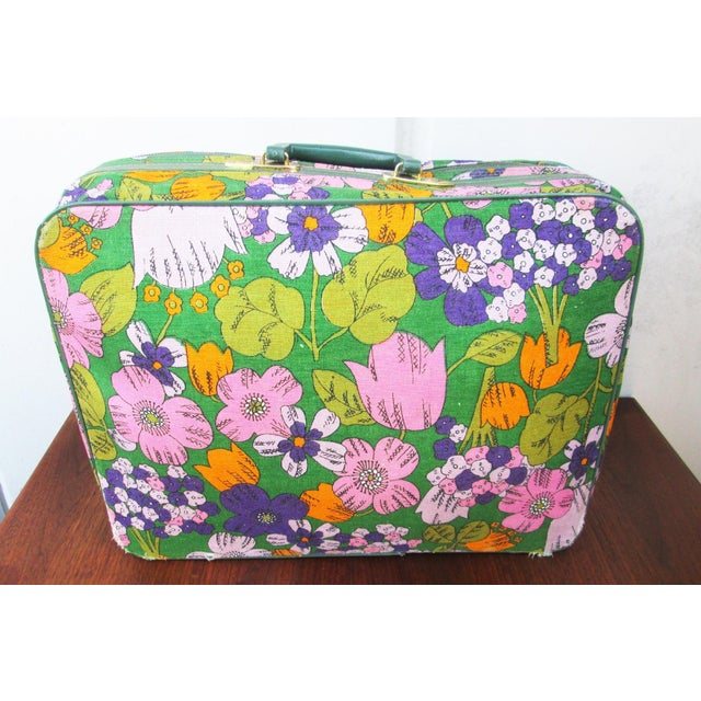 Vintage 60's Floral Fabric Overnight Suitcase - Image 4 of 7