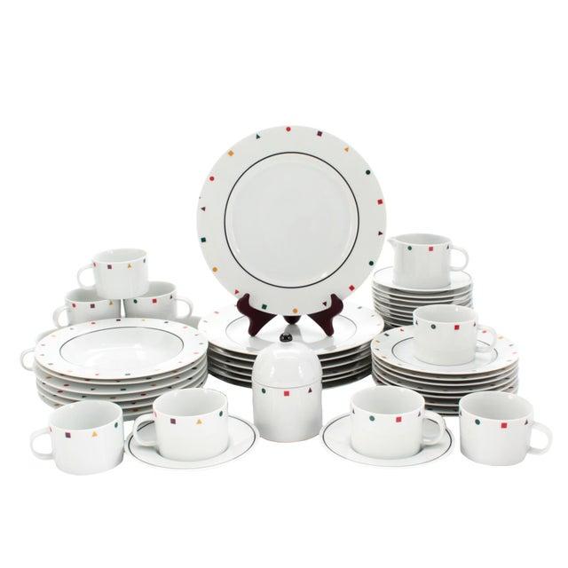 "Ceramic Sasaki 80s Post-Modern ""Metropolis Elements"" Dinnerware Set of 50 For Sale - Image 7 of 7"