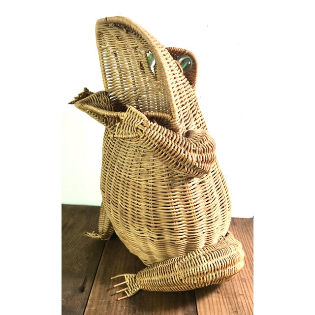 Large very unique and rare frog shaped basket in excellent condition. This frog will bring joy to any room he sits. He...