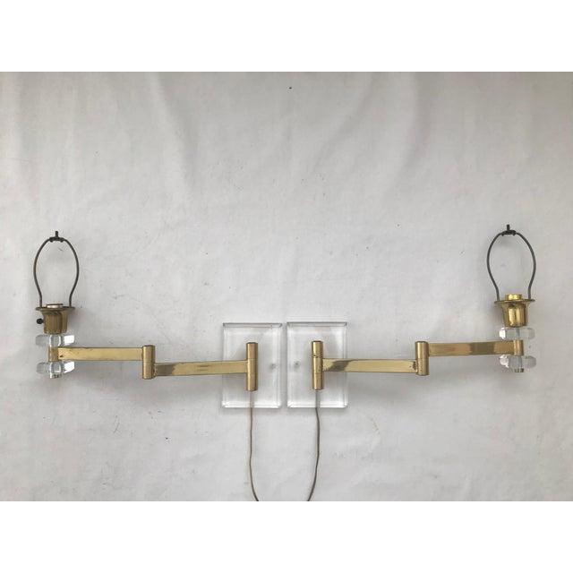 Walter Von Nessen Walter Von Nessen Karl Springer Style Lucite Acrylic Brass Wall Sconces - a Pair For Sale - Image 4 of 10