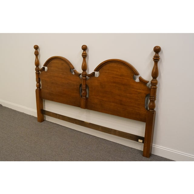 Traditional Late 20th Century Vintage Thomasville Furniture Fisher Park Collection King Size Headboard For Sale - Image 3 of 8