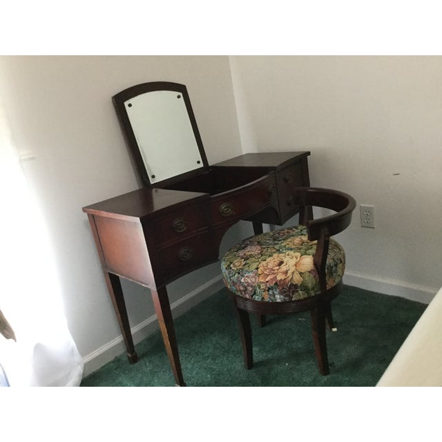 American Drexel 1960s Vintage Dressing Table and Stool For Sale - Image 3 of 12
