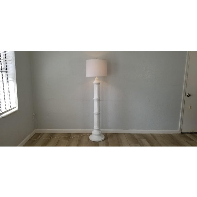 Hollywood Regency Column Plaster Floor Lamp . For Sale - Image 10 of 10