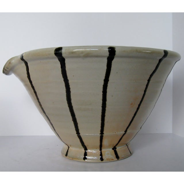Artisan Pottery Mixing Bowl - Image 3 of 6