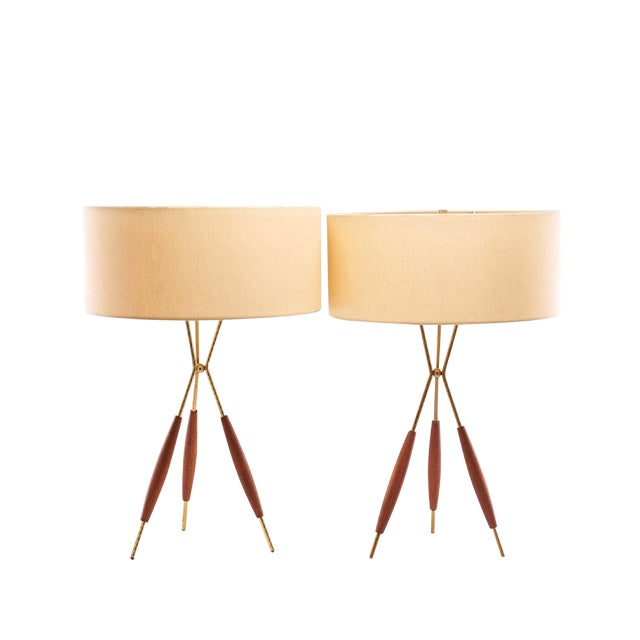 Mid-Century Gerald Thurston Tripod Table Lamps With Silk Shades - a Pair For Sale