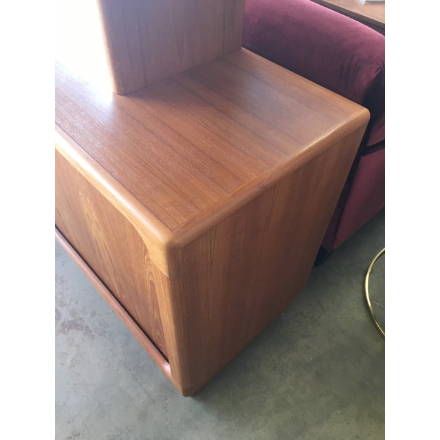 1950s Mid Century Modern Solid Teak Sideboard and Floating Hutch With Accordion Doors For Sale - Image 10 of 12