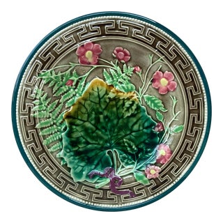 19th Century Majolica Leaves and Pink Flowers Plate Choisy Le Roi For Sale
