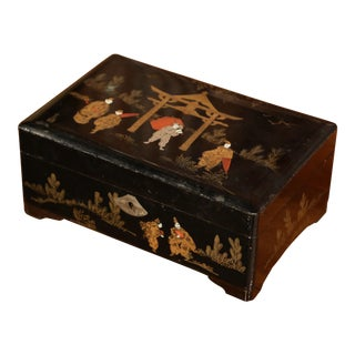 19th Century French Black Lacquered Make Up Music Box With Chinoiserie Decor For Sale