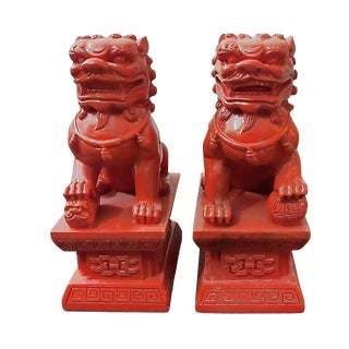 Glossy Mandarin Orange Resin Foo Dog Figurines/Bookends - a Pair For Sale