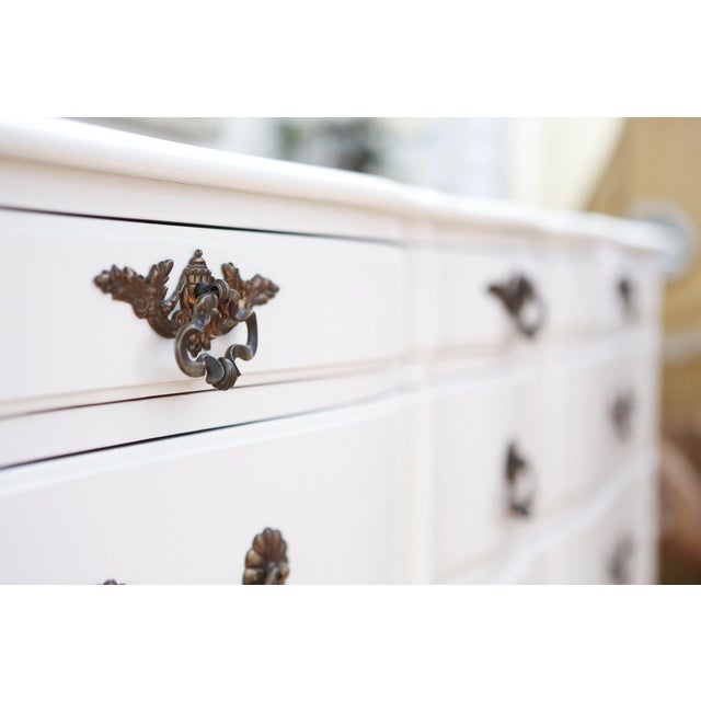 Shabby Chic French Provincial Vintage Dresser - Image 4 of 10