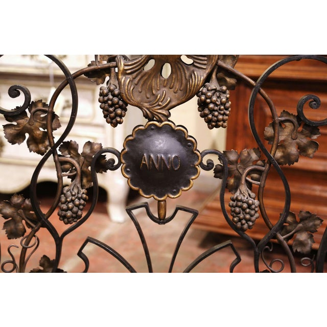 Black Mid-20th Century French Louis XV Wrought Iron Fireplace Screen With Vine Motifs For Sale - Image 8 of 10