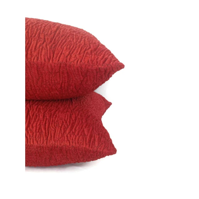 Contemporary Donghia Rugoso Puckered Chenille Pomodoro Red Pillow Cover For Sale - Image 3 of 5