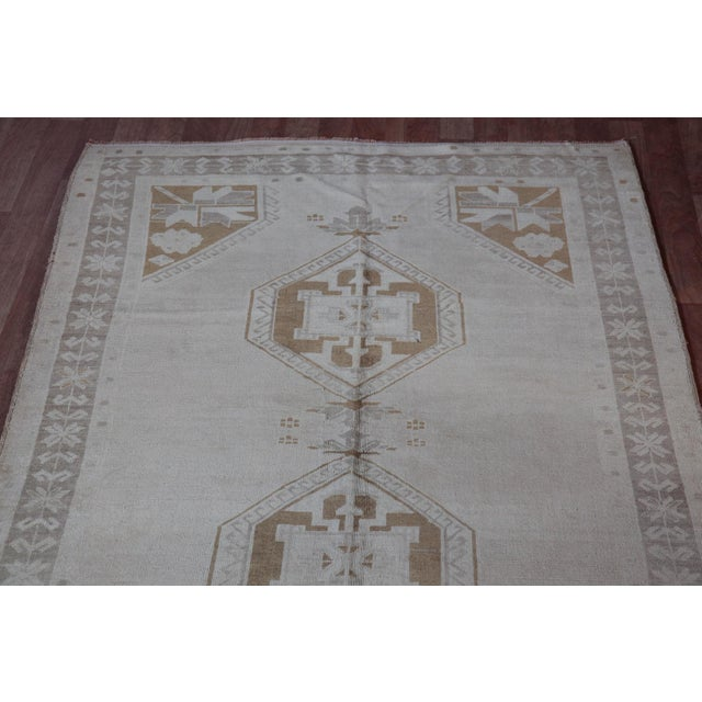 Vintage Turkish Oushak Rug - 4′4″ × 9′6″ For Sale - Image 4 of 11