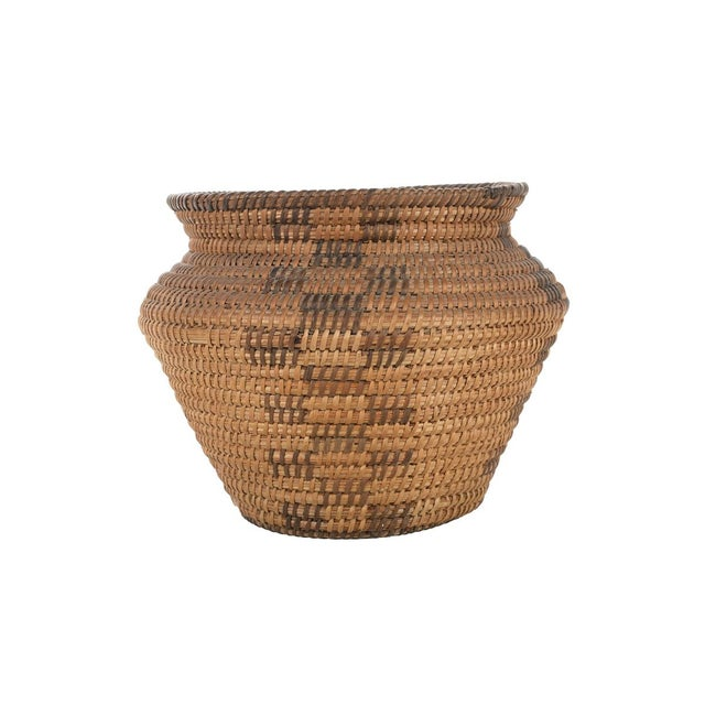 """Antique Mission Indian Basket circa 1900. A beautiful piece that will add to your décor! Size 7"""" x 7"""""""