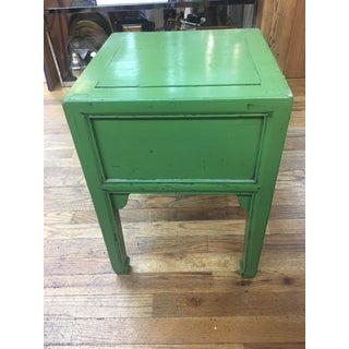 20th Century Chinese Apple Green Lacquered Side Table Preview