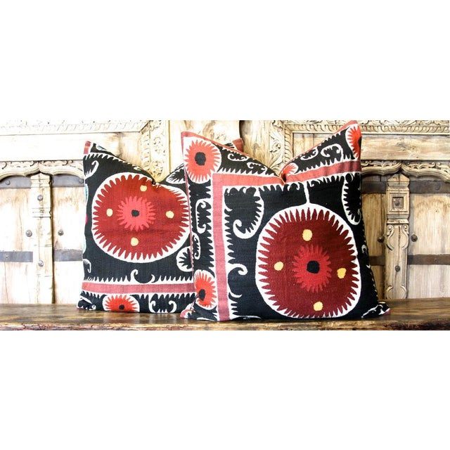Pair of Rajah Suzani Square Pillow For Sale In Los Angeles - Image 6 of 6