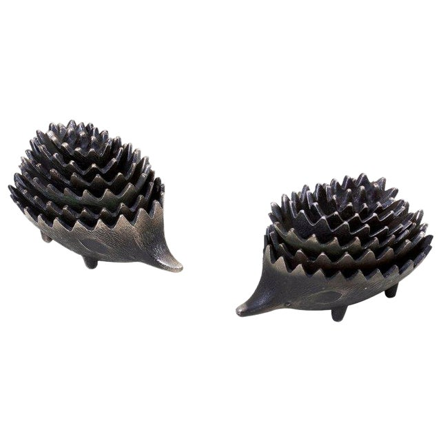 Pair of Stackable Hedgehog Ashtrays Attributed to Walter Bosse For Sale