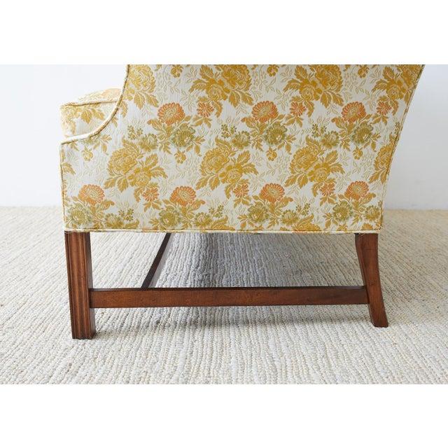 Pennsylvania House English Georgian Style Mahogany Camelback Settee Loveseat For Sale - Image 4 of 13
