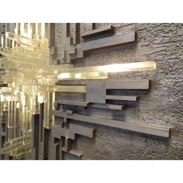 Brutalist Cast Aluminum and Glass Illuminated Wall Sculpture by Poliarte For Sale - Image 3 of 8