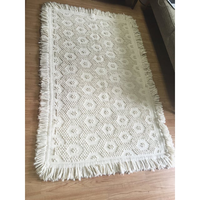 "White Wool Rug - 4'5"" x 7'1"" - Image 3 of 10"