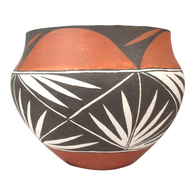 Vintage Mid-Century Acoma Pot For Sale