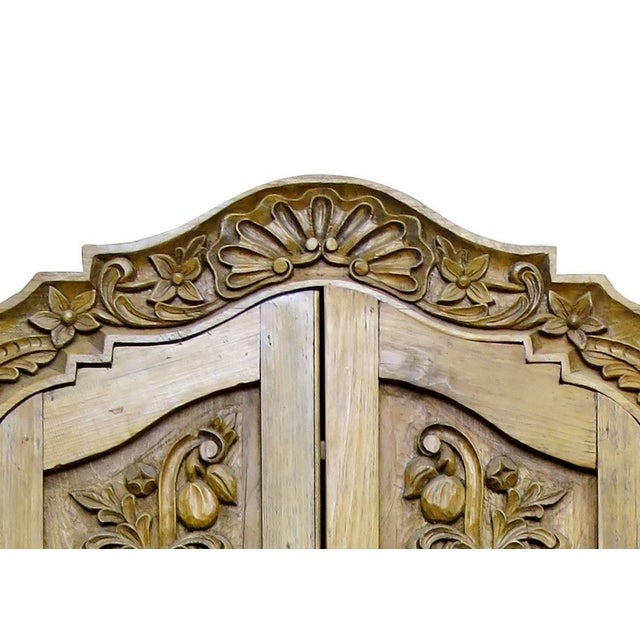 Hand Carved Wood Wardrobe Tv Cabinet - Image 4 of 6