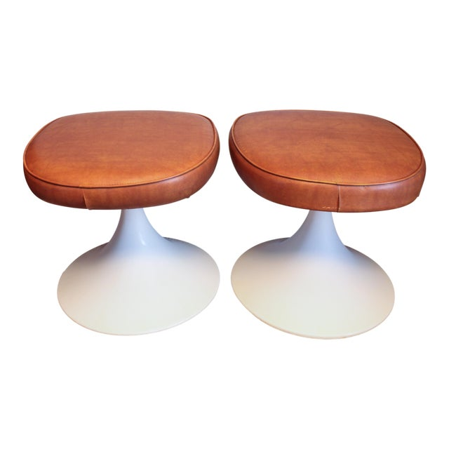 1970's Vintage Louisville Chair Company Tulip Stools - Pair For Sale