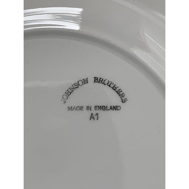 Final Markdwon 1960s Johnson Brothers White Ironstone Dinner Plates - Set of 11 For Sale - Image 9 of 12