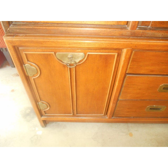 Hickory Mfg. Co. Lighted 2 Piece China Cabinet - Image 6 of 9