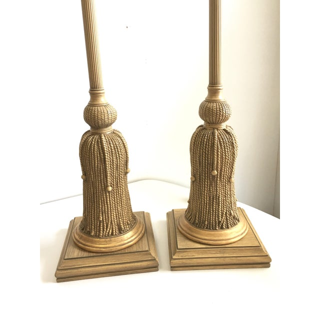 Chinoiserie 1970s Hollywood Regency Gilt Rope and Tassel Lamps - a Pair For Sale - Image 3 of 10