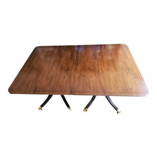 Vintage Traditional Baker Furniture Co. Mahogany Dining Set For Sale