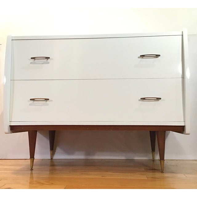 Mid-Century Modern 1950's Italian Chest Manner of Gio Ponti - a Pair For Sale - Image 3 of 13