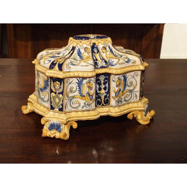 19th Century Italian Renaissance Style Majolica Box For Sale - Image 4 of 12