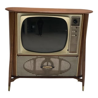 Smart Tv fitted Walnut Coaxial Series Television by General Electric For Sale